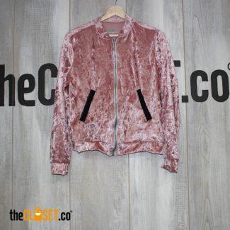 chaqueta-terciopelo-rosa-mujer-ALTERNATIVE_theClosetco-diseno-independiente