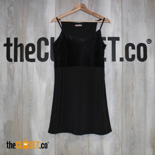 vestido-chalis-negro-ALTERNATIVE_theClosetco-diseno-independiente